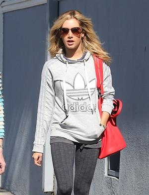 Ashley Tisdale voting in LA 11/6/12