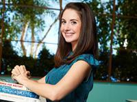 Alison Brie Community Season 2 photoshoot