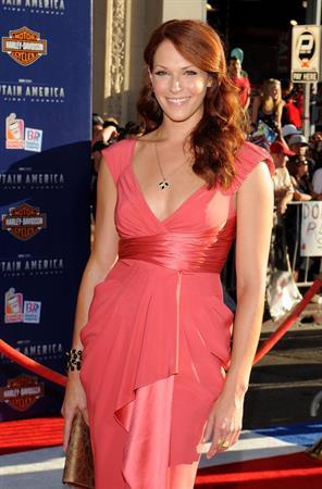 Amanda Righetti premiere of Captain America the First Avenger at the El Capitan Theatre on July 19, 2011