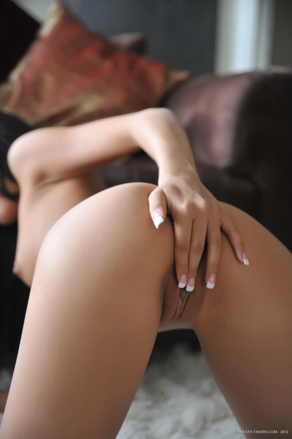 Amia Moretti Nude