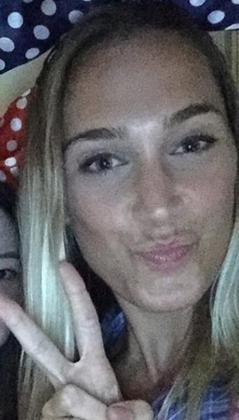 Chloe Steinbeck taking a selfie