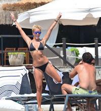 Bade Iscil in a bikini