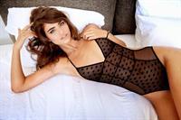 Robin Holzken in lingerie