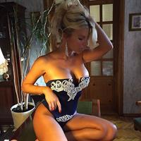 Alena Politukha in lingerie