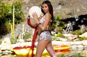 Dream Girl.. featuring Ariana Marie | Twistys.com