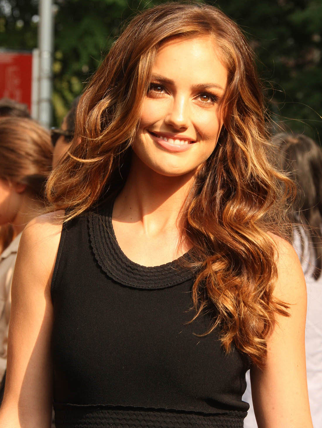 Minka Kelly Pictures Hotness Rating  95010-7262