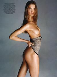 Karlie Kloss - breasts