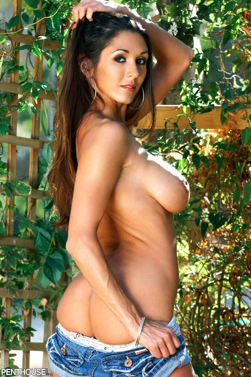 taya-parker-naked-pics-shemale-self-galleries