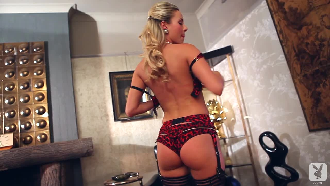 Natasha Anastasia in lingerie - ass