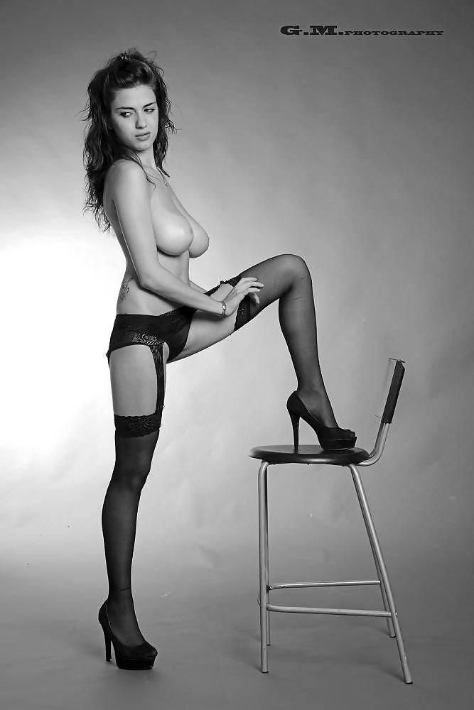Nackt Valentina Matteucci  Big Woman