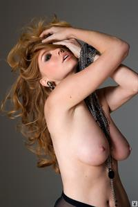 Candace Rae reveals her sexy Charms