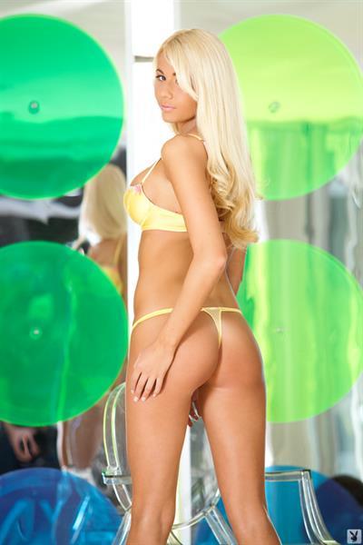 Kristen Bennett in lingerie