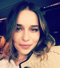 Emilia Clarke taking a selfie