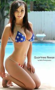 Quartnee Reese in a bikini