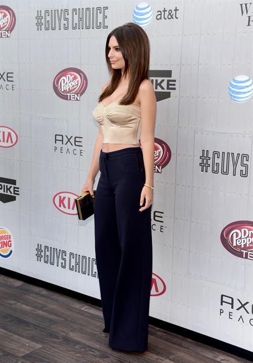 Emily Ratajkowski at Spike TVs Guys Choice 2014 June 7, 2014