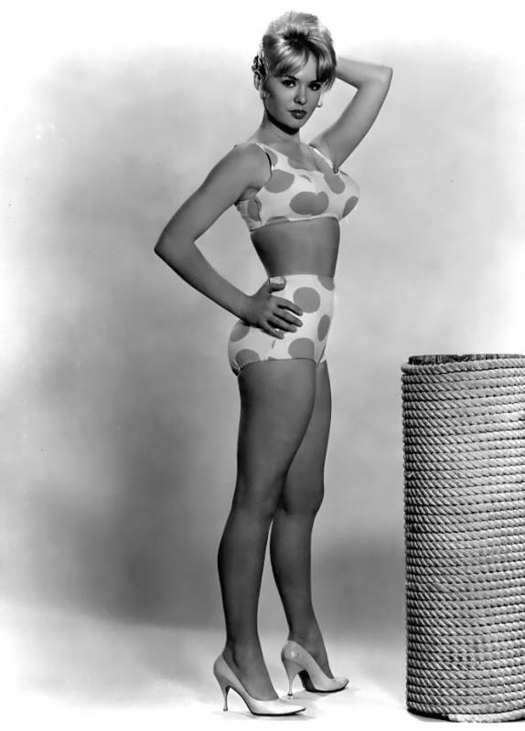 Joey Heatherton in a bikini