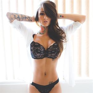 please fake/cum the beautiful brin amberlee rep for all