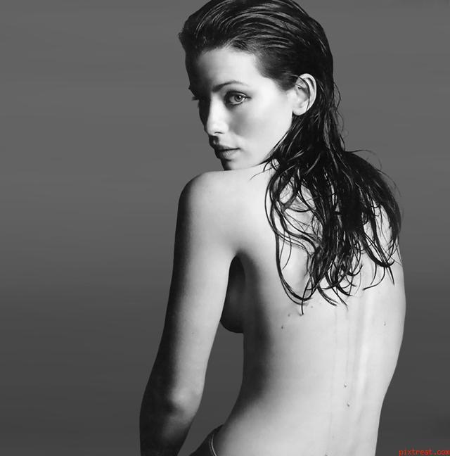Откровенные фотографии с голой Кейт Бекинсейл, видео ...