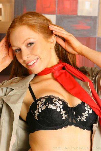 Alex Simwise in lingerie