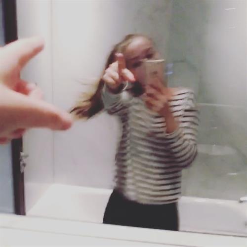 Fie Laursen taking a selfie