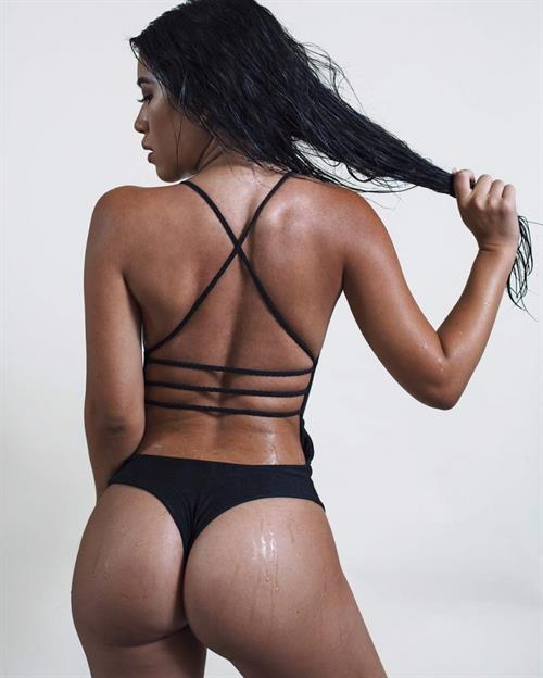 Julia Kelly - ass