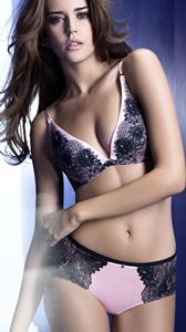 Clara Alonso in lingerie