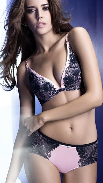 Clara Alonso in lingerie