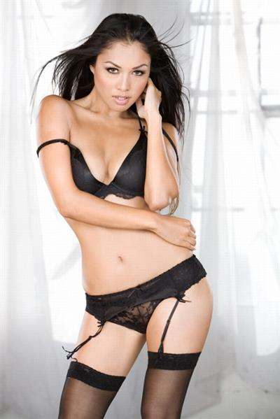 Sunisa Kim in lingerie