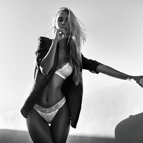 Maria Domark in lingerie