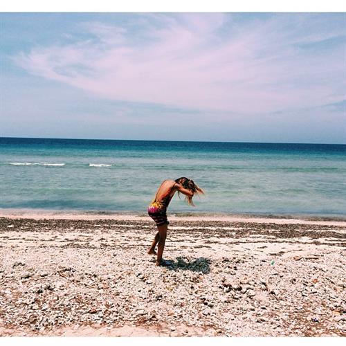 Sahara Ray in a bikini - ass