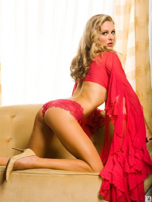 Shanna Marie McLaughlin in lingerie - ass