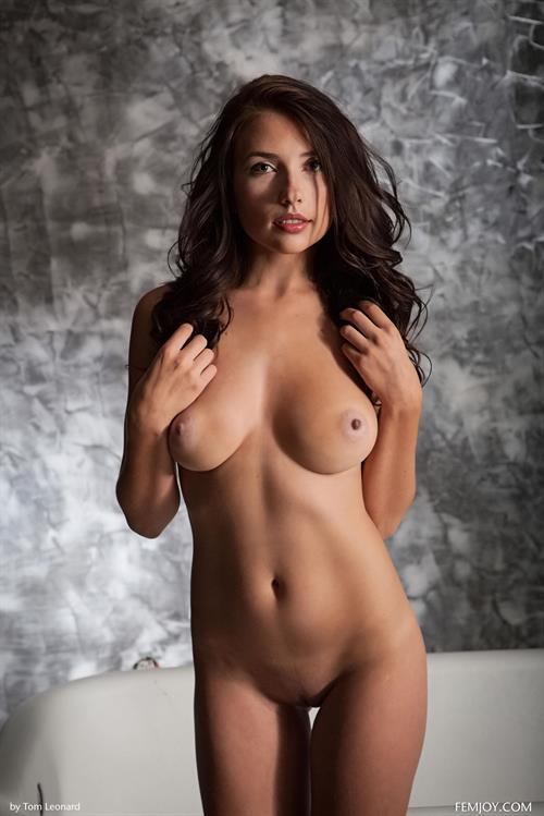 Niemira - breasts