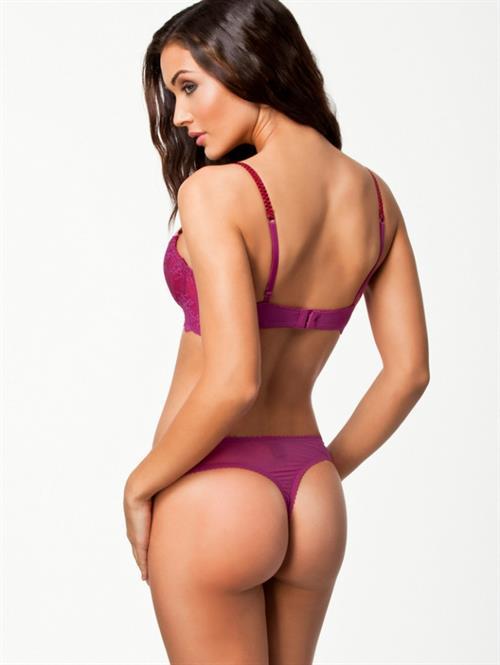 Herika Noronha in lingerie - ass
