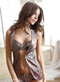Diana Morales in lingerie
