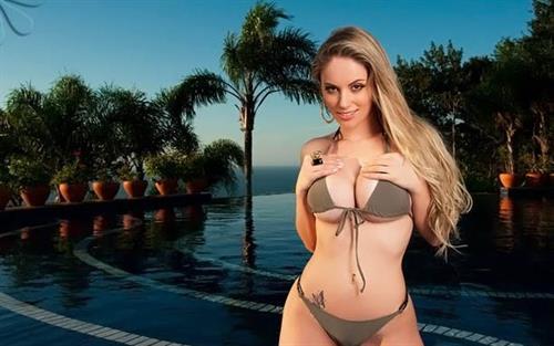 Franciele Perão in a bikini
