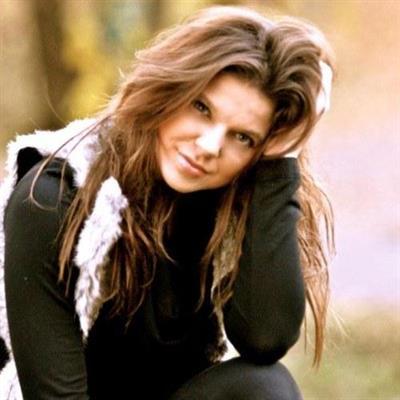 Amy Duggar