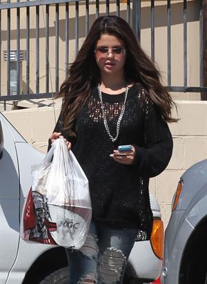 Selena Gomez in Encino - August 24, 2012