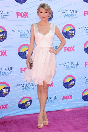 Taylor Swift at the 2012 Teen Choice Awards in Universal City July 22, 2012