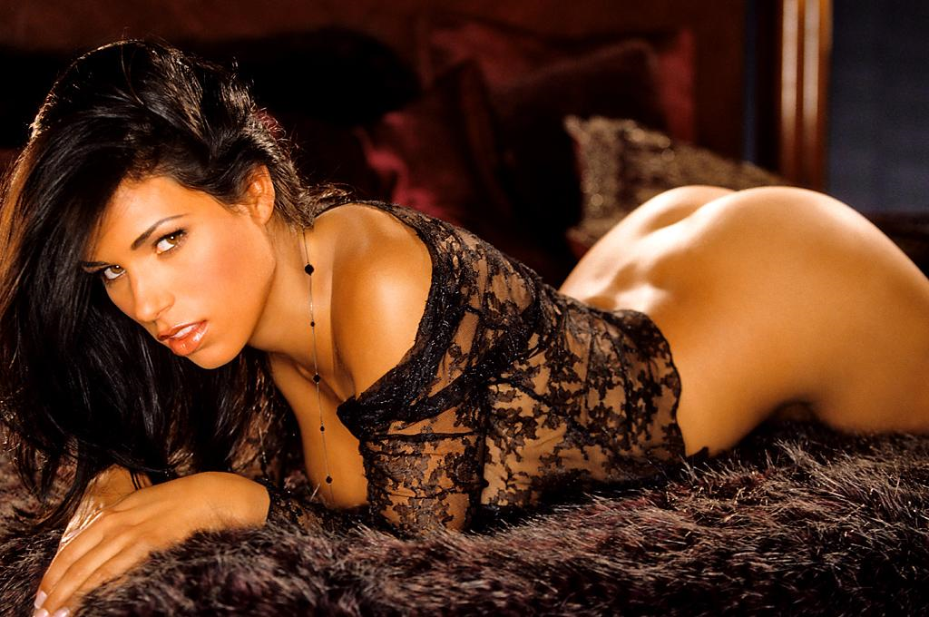 Janine Habeck in lingerie - ass