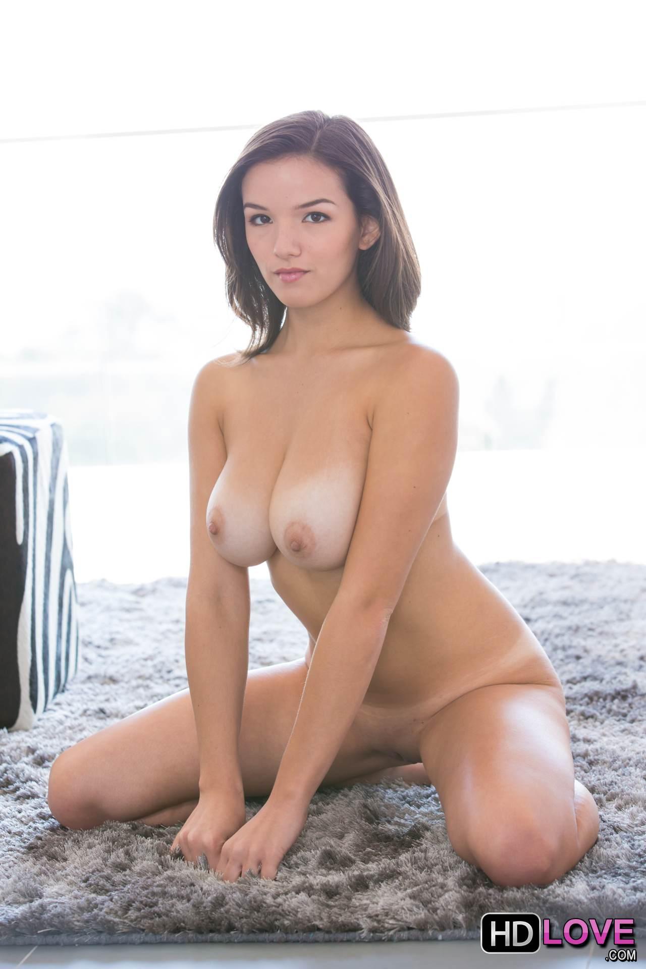Sarah rose masturbates her hairy pussy 1
