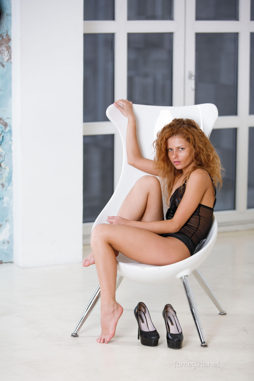 Julia Yaroshenko in Fame Girls photoshoot Unrated