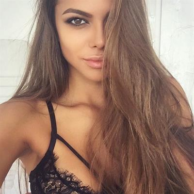Viktoria Odintsova in lingerie taking a selfie