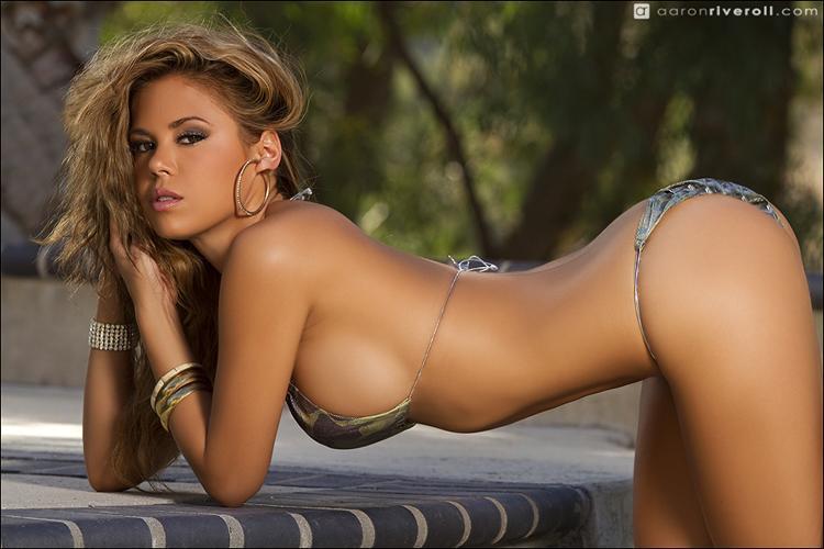 Elle in a bikini