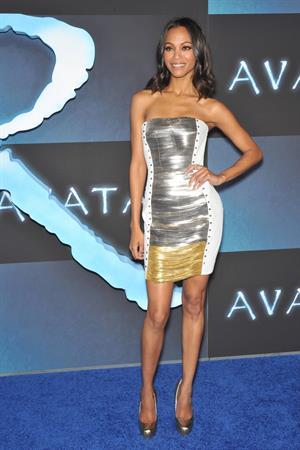 Zoe Saldana ''Avatar'' Premiere in Los Angeles December 16, 2009