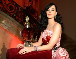 Katy Perry at Fragrance Sneak Preview in New York 2-5-2013