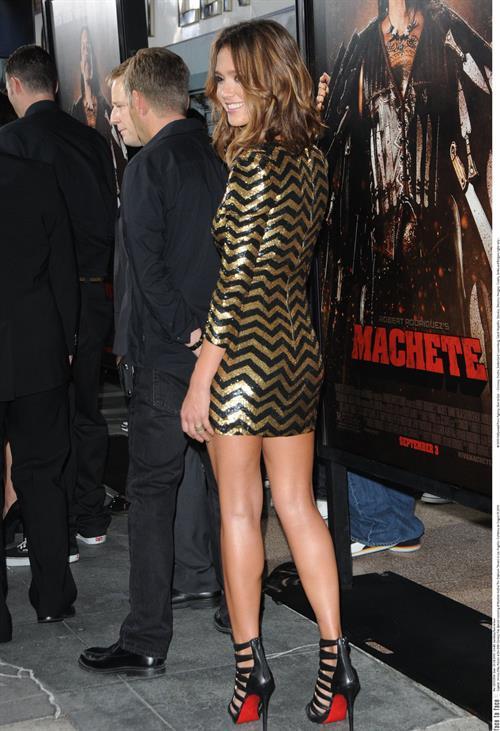 Jessica Alba at the Machete premiere in Los Angeles on Aug 25, 2010