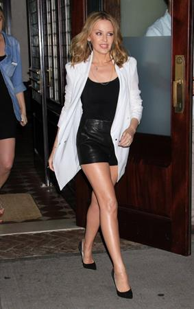 Kylie Minogue Heads to 'Watch What Happens Live' June 19, 2013