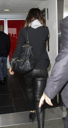 Kate Beckinsale in leather pants at LA Airport in LA September 20-2013