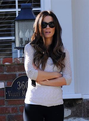 Kate Beckinsale out and about in Beverly Hills 1/19/13