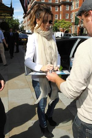 Kate Beckinsale leaving her hotel in London August 17, 2012